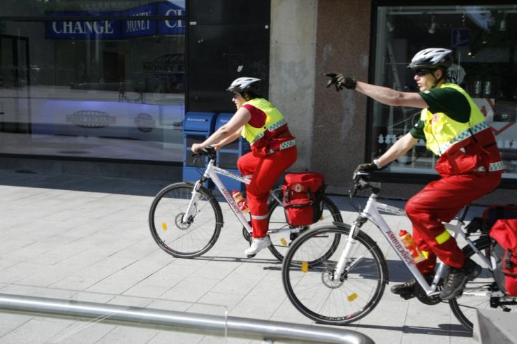 Kuum suvi kahekordistas Tallinna kiirabi rattapatrulli töö