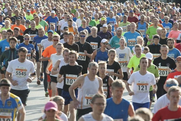 Loe, kuidas mõjutab Tallinna Maraton ühissõidukite liiklust