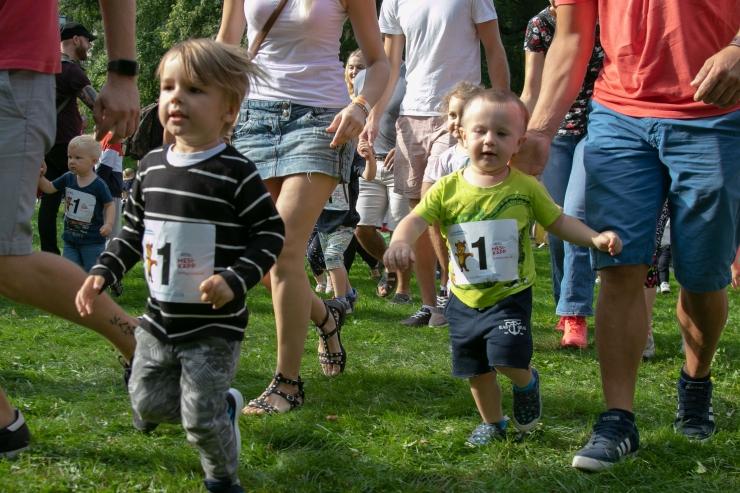 FOTOD! Tallinna maratoni lastejooksul võtsid mõõtu noored spordisõbrad