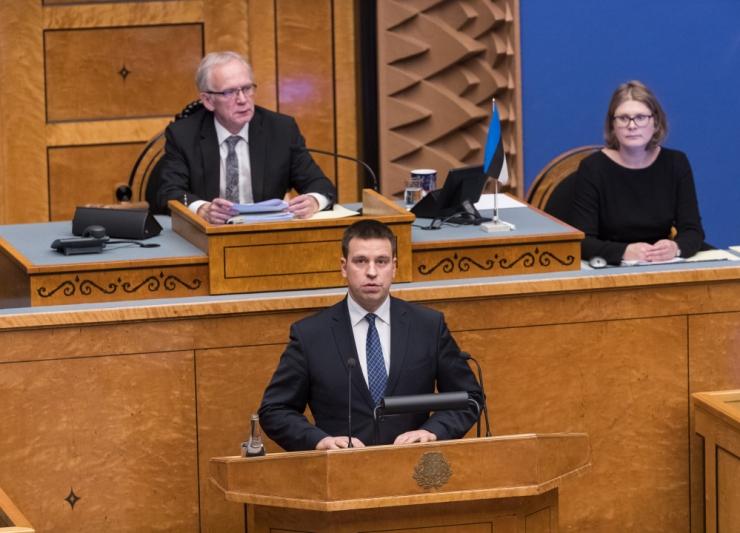 Riigikogu infotunnis räägiti päästjate ja politseinike palgast