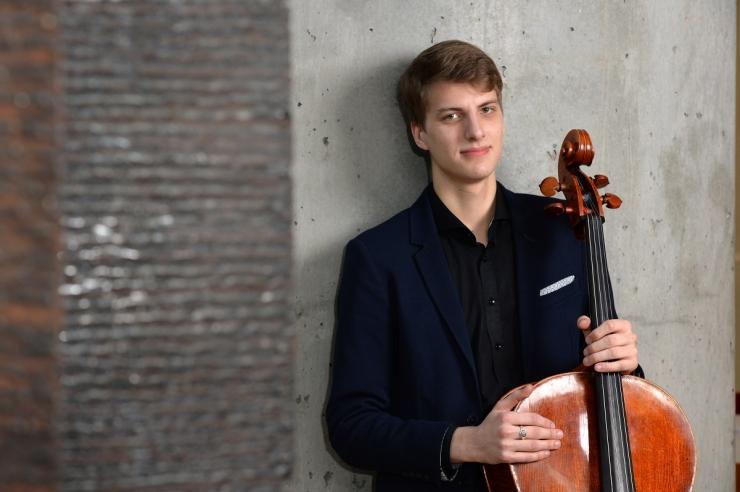 Noor tšellist Marcel Johannes Kits võitis maineka rahvusvahelise konkursi