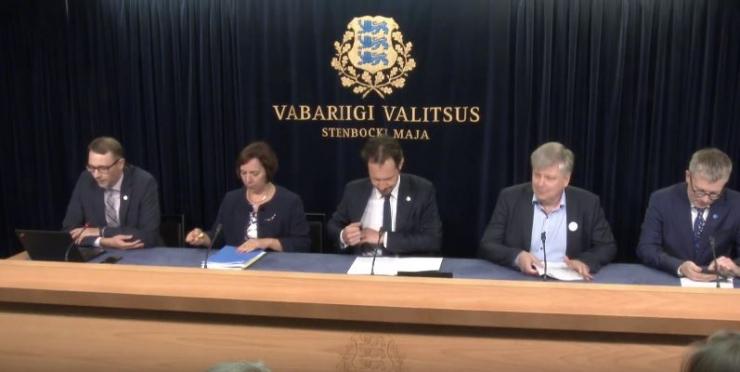 OTSE: Valitsuse pressikonverentsil Reps, Saar, Kiisler ja Mäggi