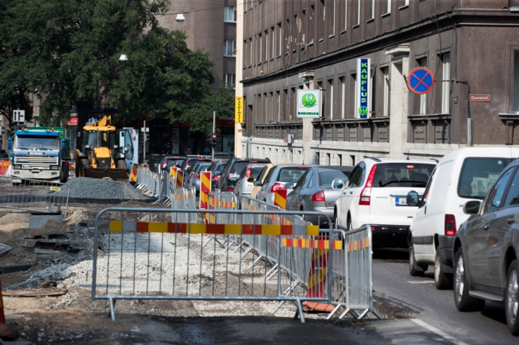 Gonsiori tänaval alustatakse viimase asfaltkatte kihi paigaldustöid