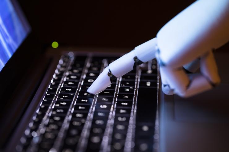 WEF: Robotid täidavad aastal 2025 rohkem tööülesandeid kui inimesed