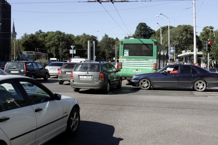 Politsei soovitab paavsti visiidi ajal varuda Tallinna liikluses kannatust
