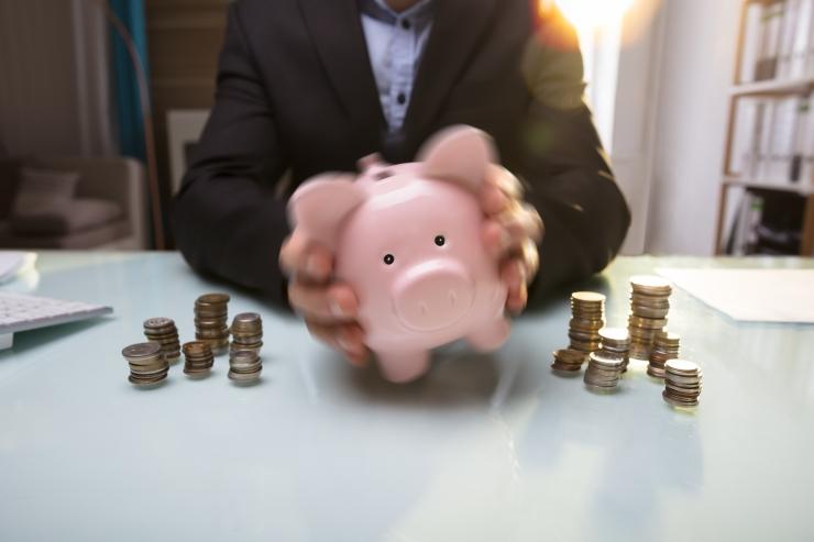 Minister Simson: enne tulumaksuvaba miinimumi tõstmist oli inimestel palvapäeva eel raha otsas