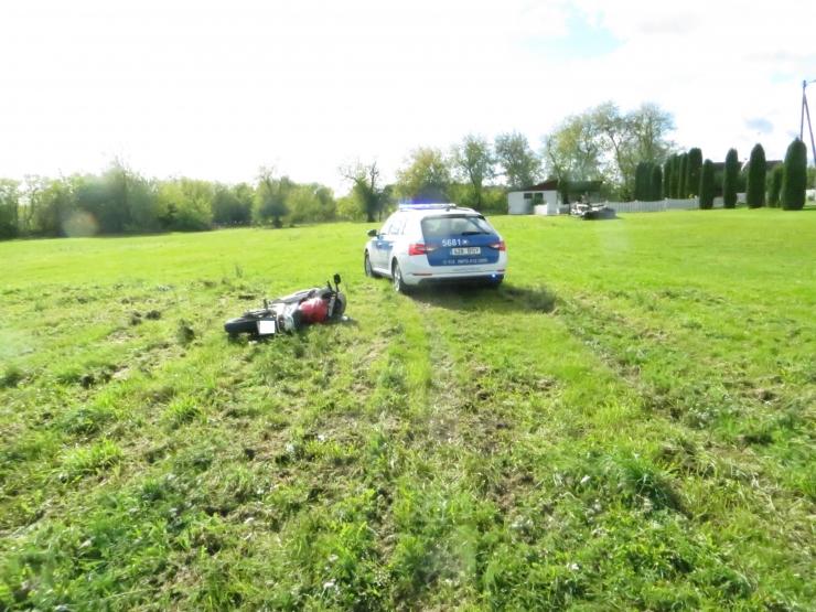 Politseinikud sundpeatasid Järvamaal peatumismärguannet eiranud mootorratturi