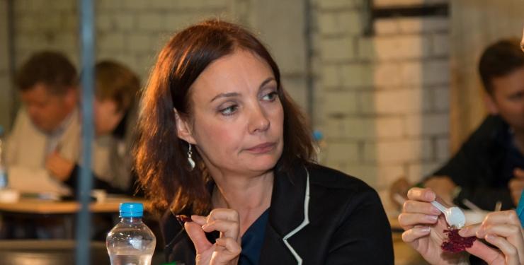 Perekooli portaalis mõnitatud Marika Korolev sai solvajatelt kohtu kaudu valuraha