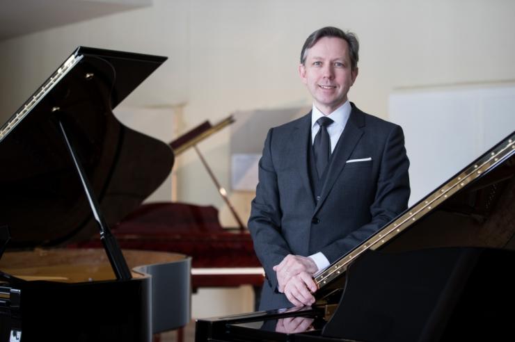 Estonia klaverivabriku juht Indrek Laul: ettevõtja peab olema haritud ja loominguline