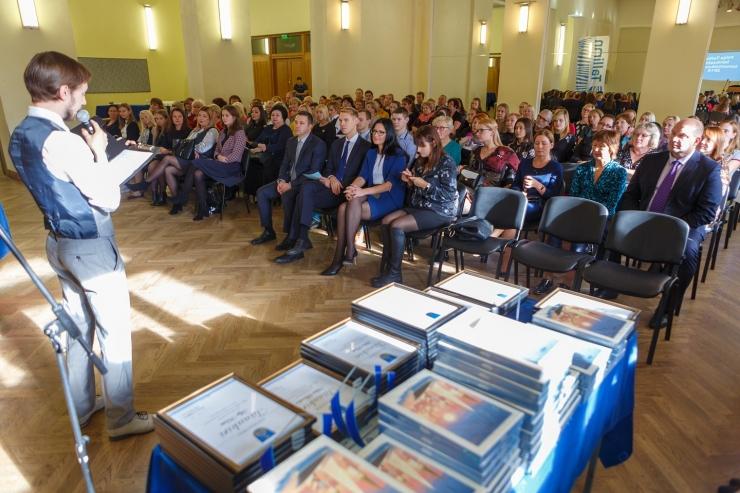 Põhja-Tallinn tunnustas linnaosa haridustöötajaid