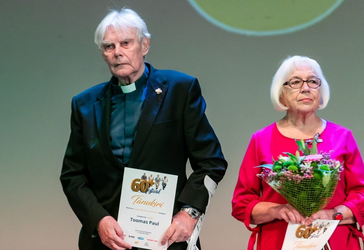 Festivali 60+ elutööpreemiad läksid Toomas Paulile ja Maidi Tammikule