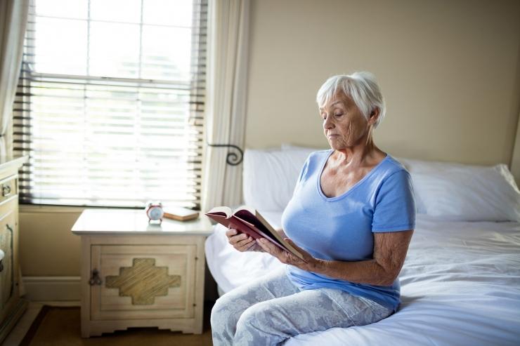 Õiguskantsler: omavalitsus ei tohi võtta hooldekodus elavalt eakalt ära üksi elava pensionäri toetust