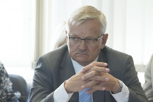Maaeluminister vastas arupärimisele põuakahjude leevendamise kohta