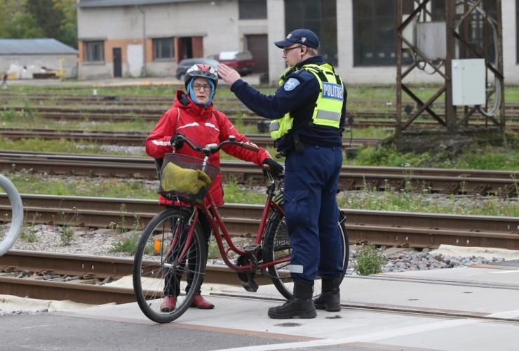 Majanduskomisjon arutas jalgratturite liiklusohutuse parandamist