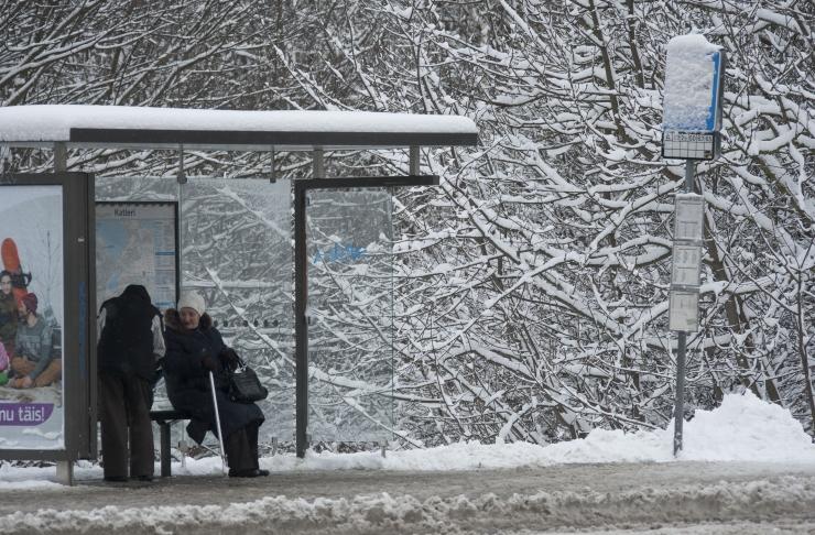 Maanteeamet lõpetab suurendatud piirkiiruse külmade ja lume saabudes