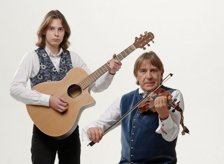Indrek Kalda ja Paul Kristjan Kalda esinevad Eesti Rahva Muuseumis