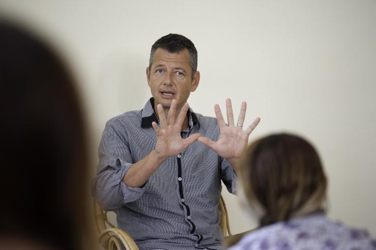 Arnold Timmerman räägib Tallinnas dogmadest ja juhtimisest