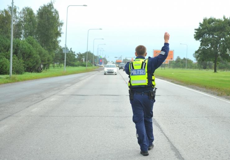 Valitsuse liikluskomisjon soovib liiklusohutust suurendada