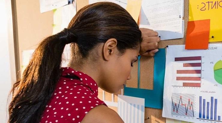 27 000 PSÜÜHIKAHAIGET AASTAS: Aina rohkem noori murdub vanemate edusurve all