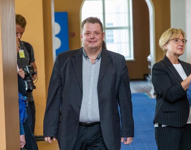 Erki Savisaar: toome laevad Eesti lipu alla tagasi