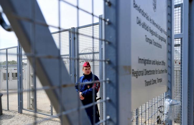 Pariisi ja Brüsseli ründajad saabusid Euroopasse Ungari kaudu