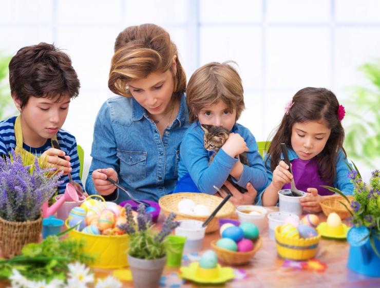 Psühhoterapeut: lastele on tähtis, et pere sööks koos hommikul ja õhtul