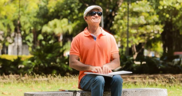 Nägemispuudega kirjandushuviline: heliraamatute valik võiks olla suurem