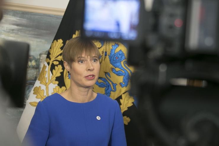 FOTOD JA VIDEOD! Kersti Kaljulaid: ränderaamistiku riigikogus arutamine ei ole valitsusvastutusest vabanemine