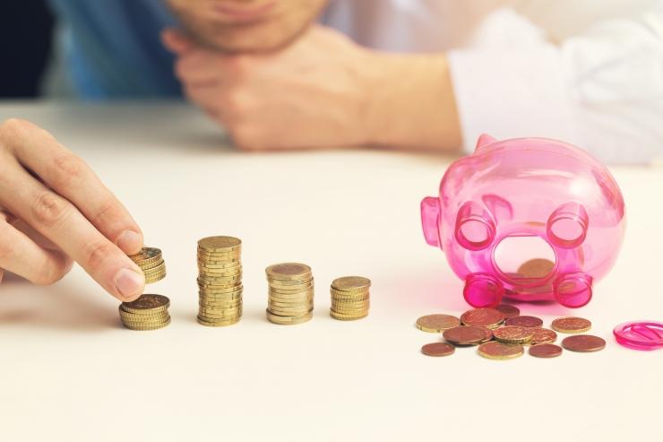 Eesti Pank: eestimaalased koguvad hoiuseid hoogsamalt kui laenavad