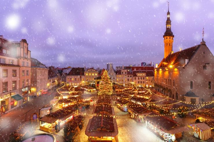 Forbes kiidab Tallinna jõuluturgu