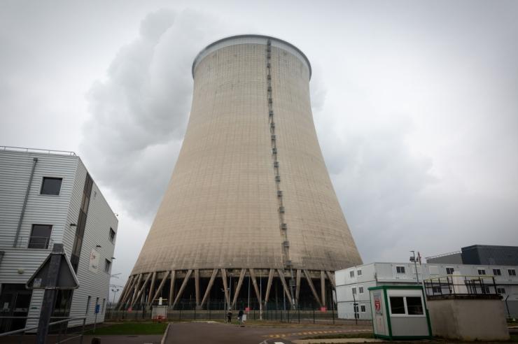 Macron: Prantsusmaa sulgeb 2035. aastaks 14 tuumareaktorit