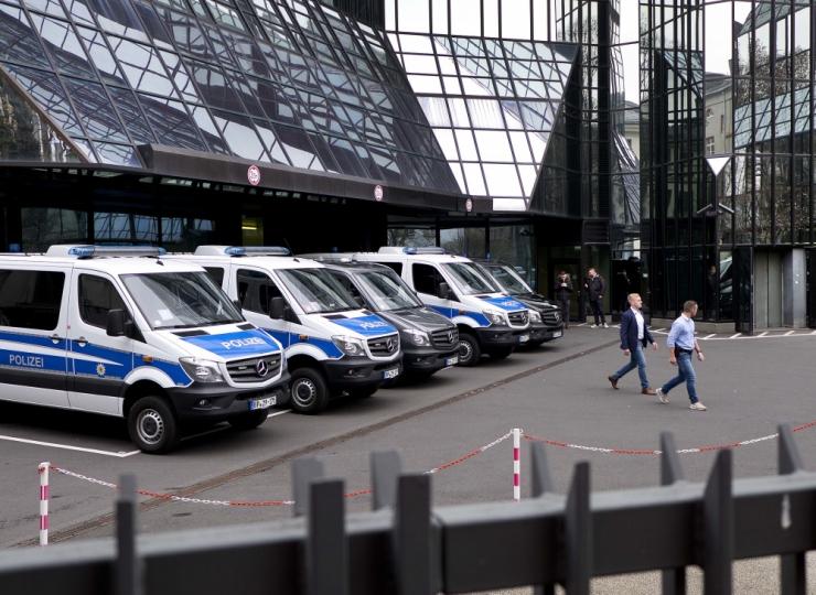 Saksa uurijad otsisid rahapesukahtluse tõttu läbi Deutsche peakontori