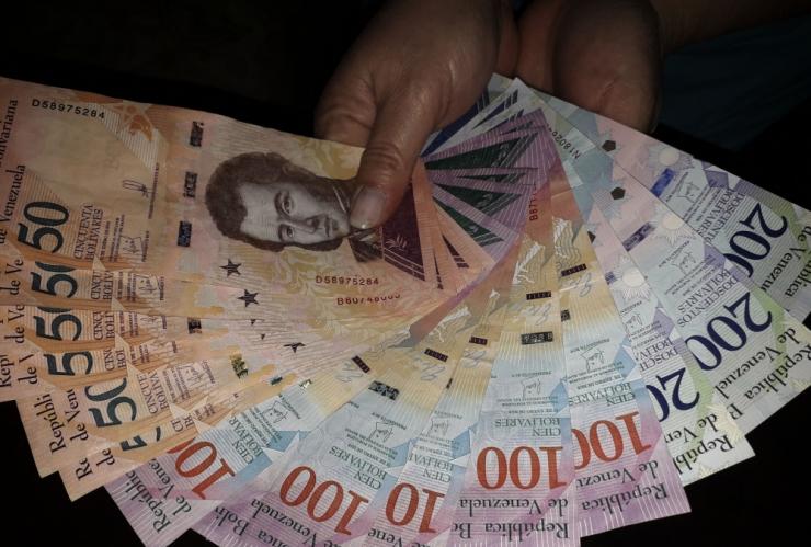 Venezuela president tõstis miinimumpalka 150 protsenti
