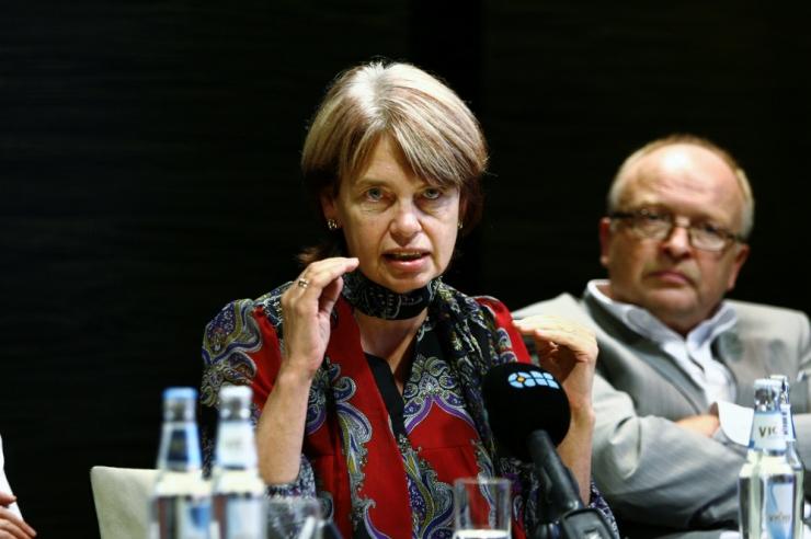 Irja Lutsar: HIV haigetesse suhtutakse eelarvamusega