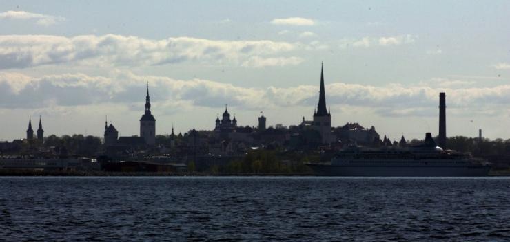 Aktiivne madalrõhkkond toob Läänemerele kuni viiemeetrised lained