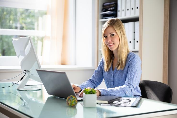 Uuring: töötamist avalikus sektoris peetakse mõttekamaks kui erafirmas