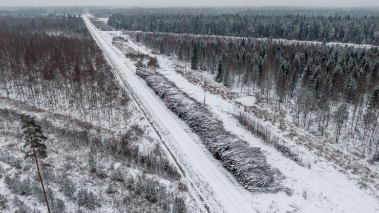 Kõikjal Eestis tuleb arvestada lumiste teeoludega