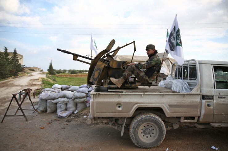 Meedia: Türgi saatis Süüria piirile lisajõud