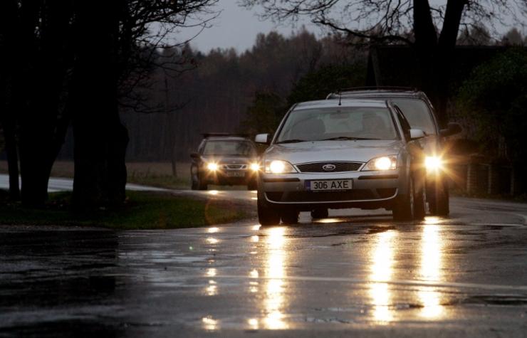 Öötundidel võib teedele tekkida kiilasjää
