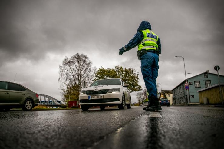 Politsei tabas ööpäevaga 13 joobes sõidukijuhti