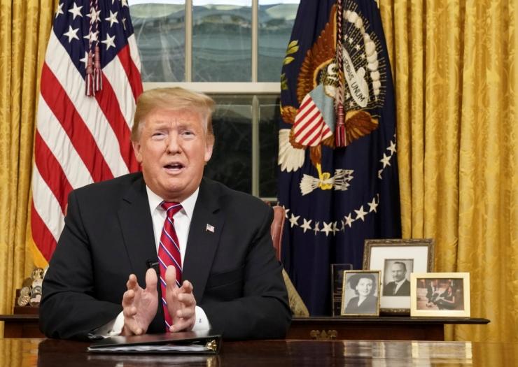 USA president pöördus kõnega rahva poole seoses piirimüüri tüliga