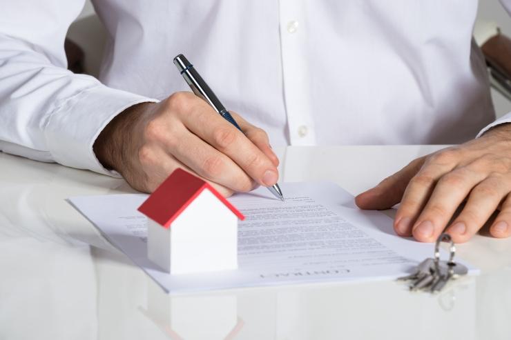 Tallinna teenindussaalis antakse abi üürilepingute ja korteriühistute asjus