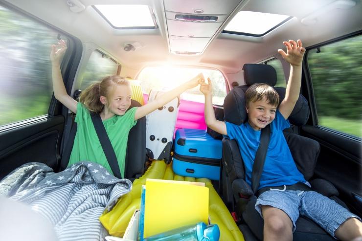 Naabrid võiks laste hoidmisel ja trenni viimisel koostööd teha