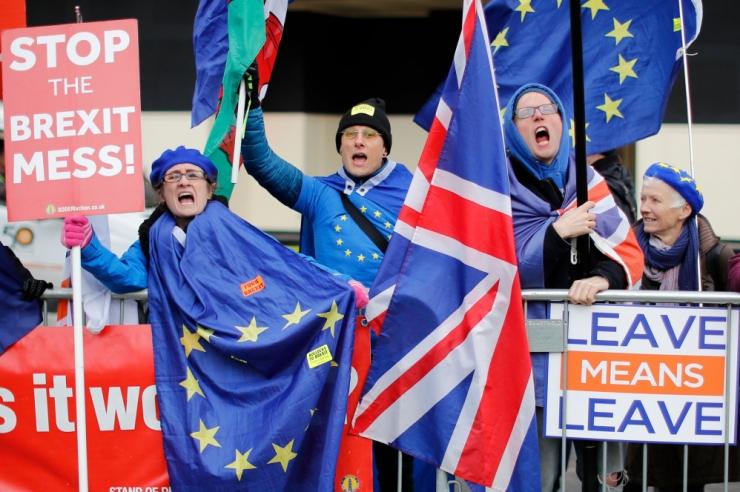 Põhiseaduskomisjon tahab tagada Eestis elavatele brittidele Brexiti-järgse kindluse