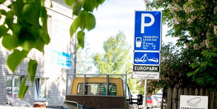Europark plaanib küsida sisse kuni kolme aasta vanused parkimistrahvid