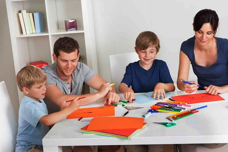 Õpetajate maja koolitab vanemaid oma võõraks jäänud lapsi kasvatama