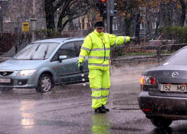 Liiklusreguleerijate õppus ja rahvaüritus muudavad liikluskorraldust