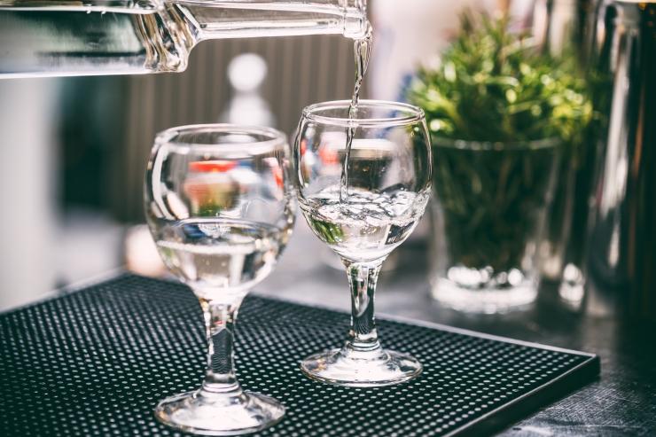 Ligi kolmandik alkoholi tarvitavatsest täiskasvanutest on liigtarvitajad