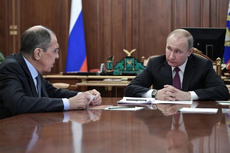 Putin: Venemaa ei lase end tõmmata kulukasse võidurelvastumisse