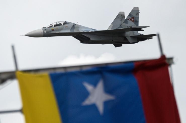 Venezuela õhuväe kindral tunnustas Guaidód ajutise presidendina